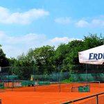 Blick auf die Tennisplätze 1-5