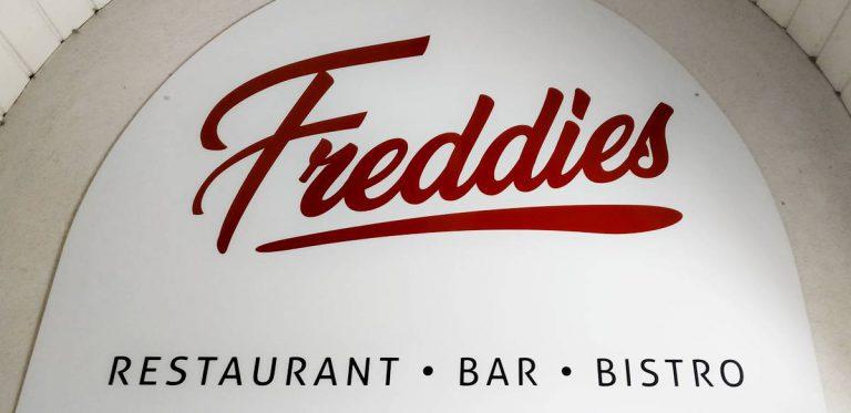"""Geschlossen: Neue Gastronomie """"Freddies"""""""